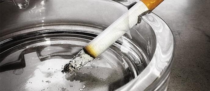 Lieux publics: vers une interdiction de la cigarette électronique?